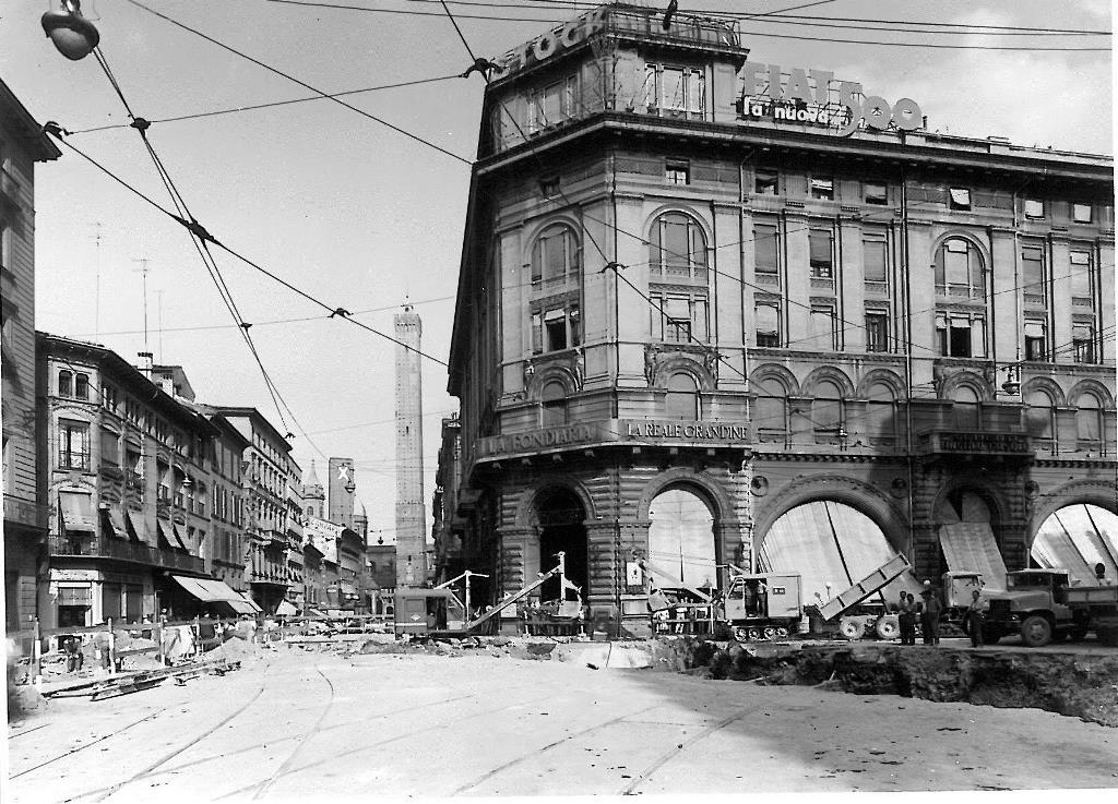1957 lavori di costruzione sottopassaggio